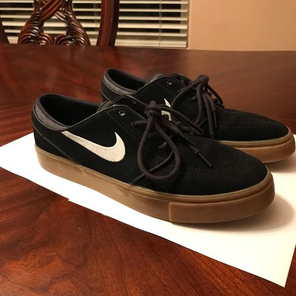 get cheap a3786 f1da1 Nike SB Janoski Black   Gum Skate Shoes. M 5c6b9ef3c89e1dcfd1ede5b5